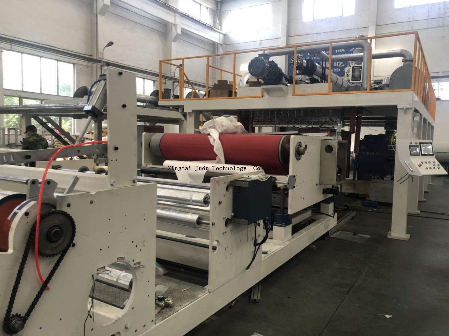High efficiency 1600 mm melt blown fabric making machine, pp melt blown nonwoven fabric making production line